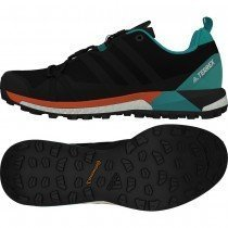 chaussure de running pour hommes adidas terrex agravic boost